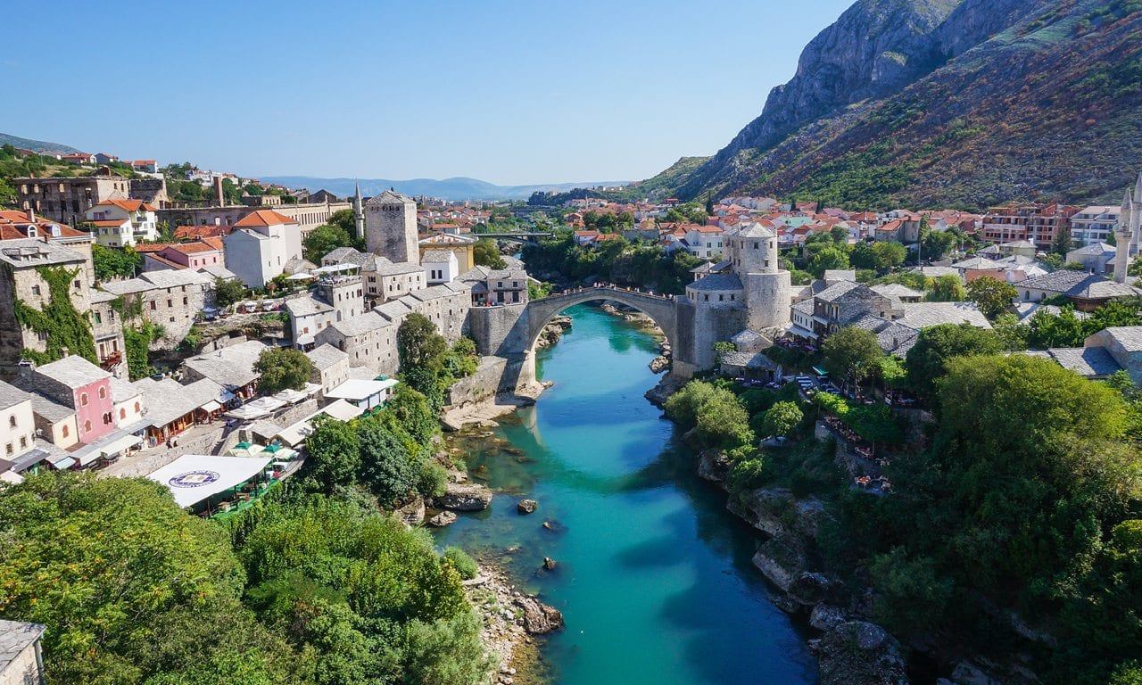 Just Pictures Wallpapers: Bosnia and Herzegovina Flag  |Bosnia And Herzegovnia